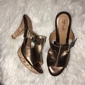 EURO SOFT BY SOFFT BRONZE SLIP ON HEELS